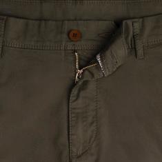 EUREX Cargo-Shorts oliv
